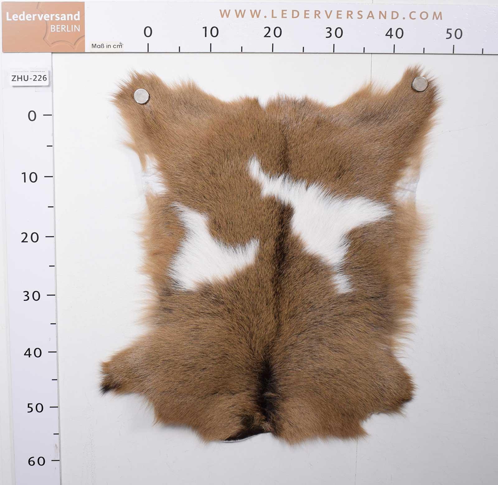 Grosse-Auswahl-Ziegenfelle-Naturfelle-traditionell-aus-Siebenbuergen-zhu